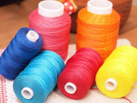 ナイロンのロー引き糸