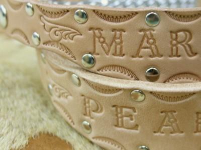 ヌメ革のハーフチョーク首輪