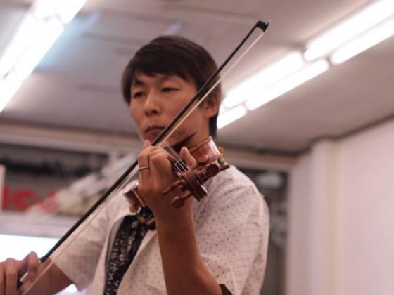 バイオリンです^^